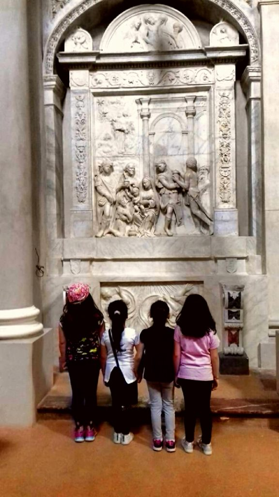 seminara - chiesa san marco - dossale dell'epifania - bambini turisti