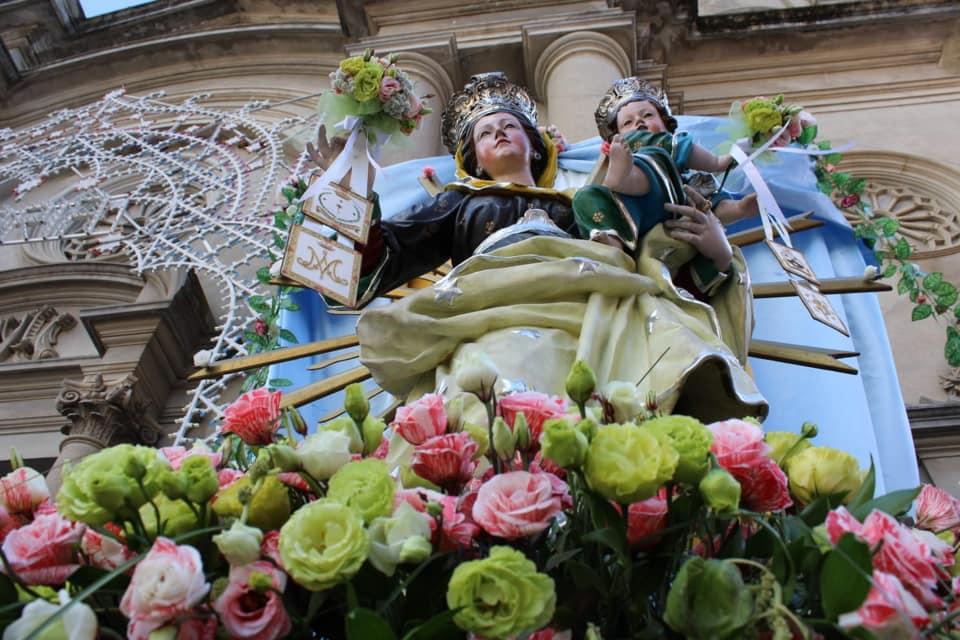 Statua della Madonna del Carmelo a Cinquefrondi